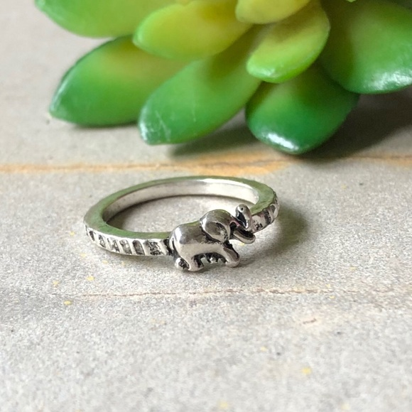 Jewelry - Tiny Dainty Silver Elephant Minimalist Boho Ring 9
